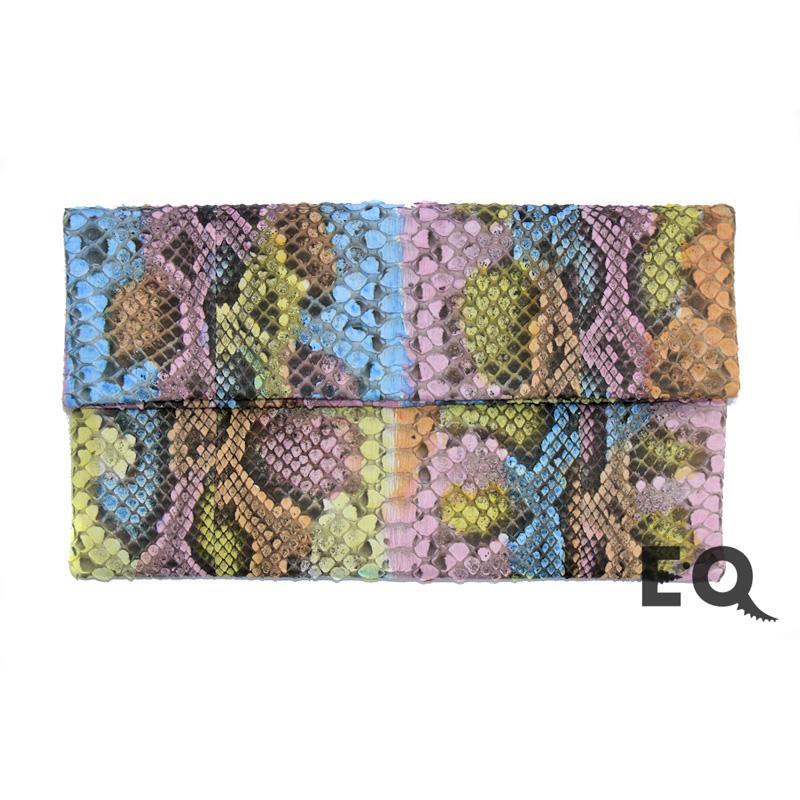 34a62d3ee496 Купить радужный клатч из кожи питона в интернет-магазине EXOBUTIQ с ...