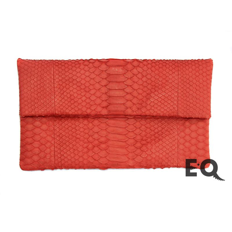 0d8d8fb478c0 Купить красный клатч из кожи питона в интернет-магазине EXOBUTIQ с ...