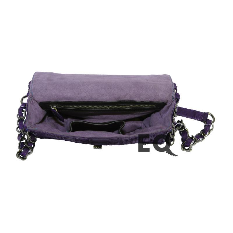 Фиолетовая сумочка Chanel Boy из питона
