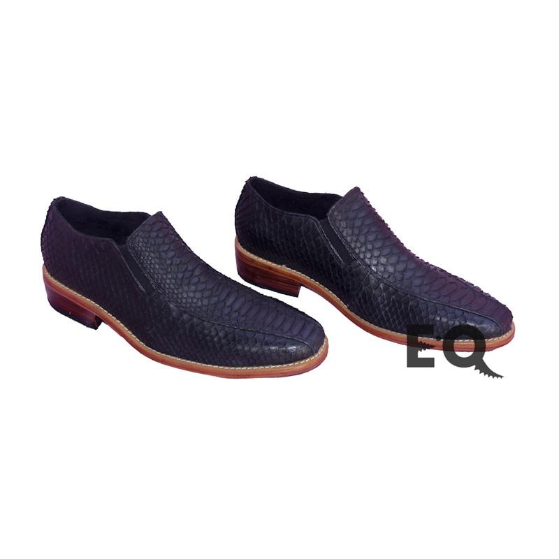 Ботинки черный питон
