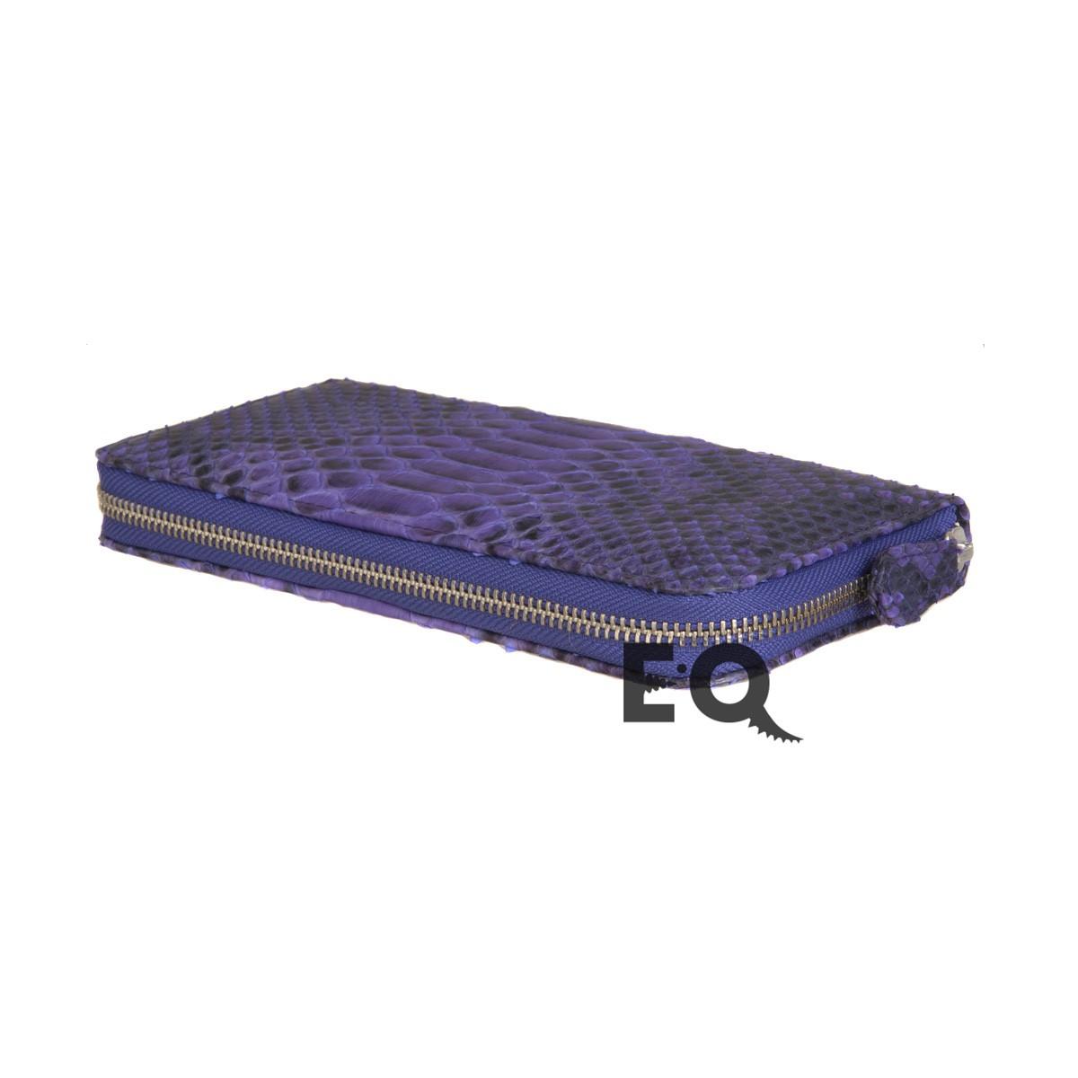 Фиолетовый кошелек из питона