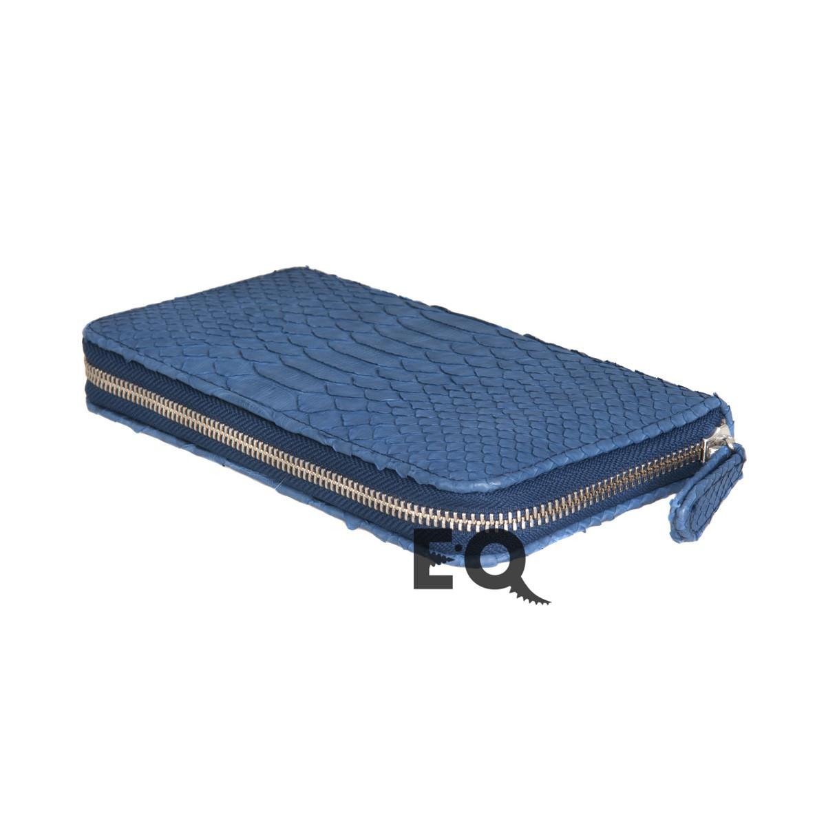 Голубой кошелек из питона