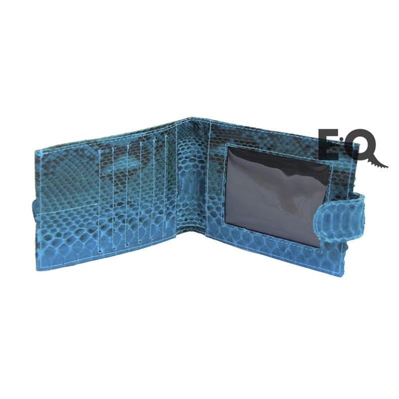 Бирюзовый бумажник из питона