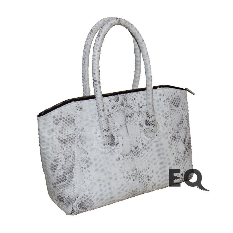 Белая сумка из питона