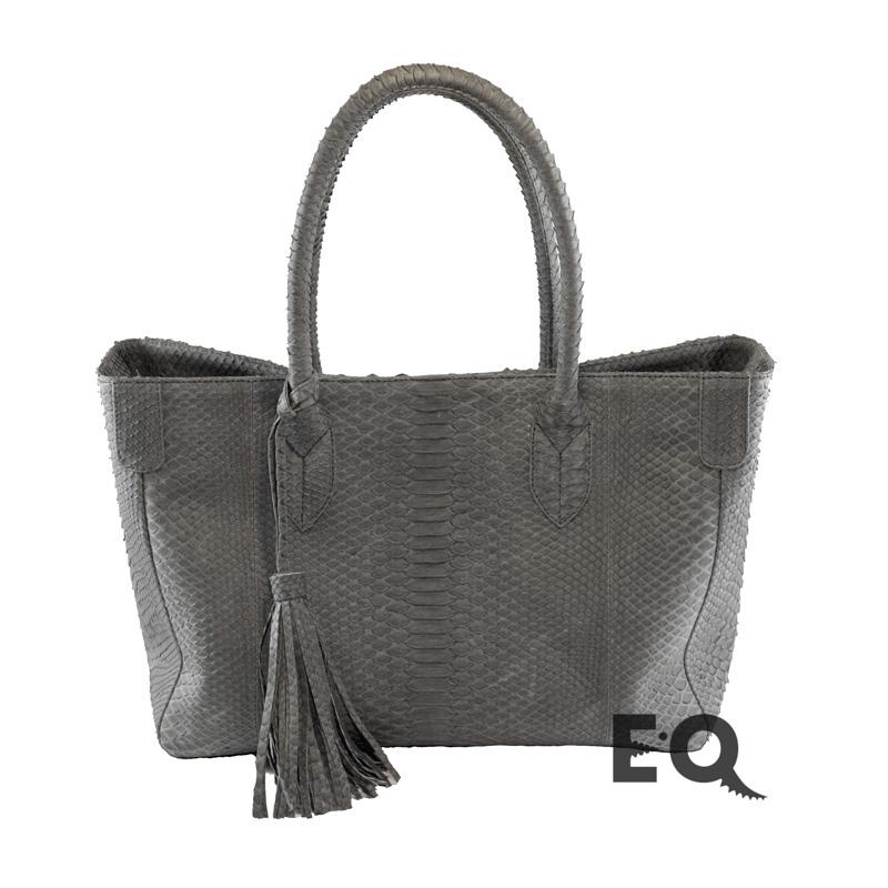 a6927a43a41c Купить серую сумку из кожи питона в интернет-магазине EXOBUTIQ с ...