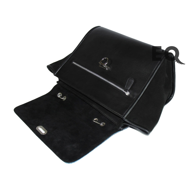 Бирюзовая сумка Celine из питона