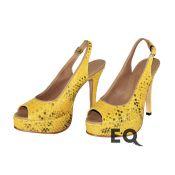 Желтые босоножки из питона